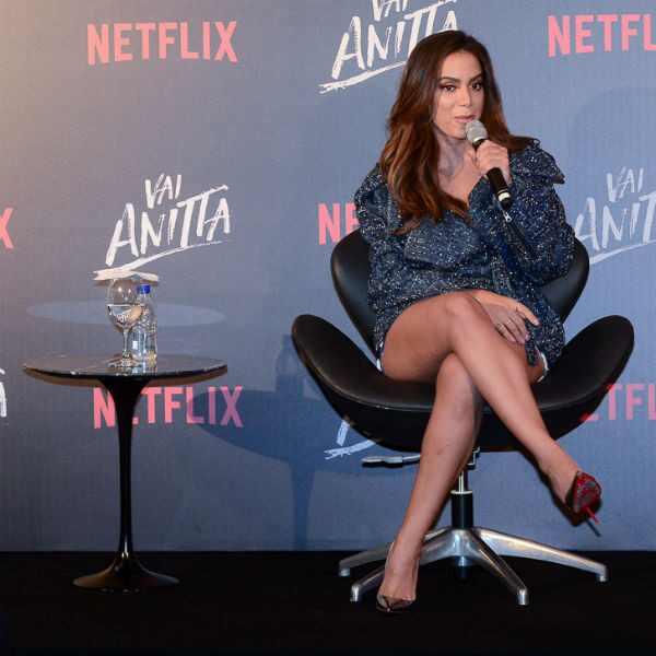 Anitta, Vai Anitta