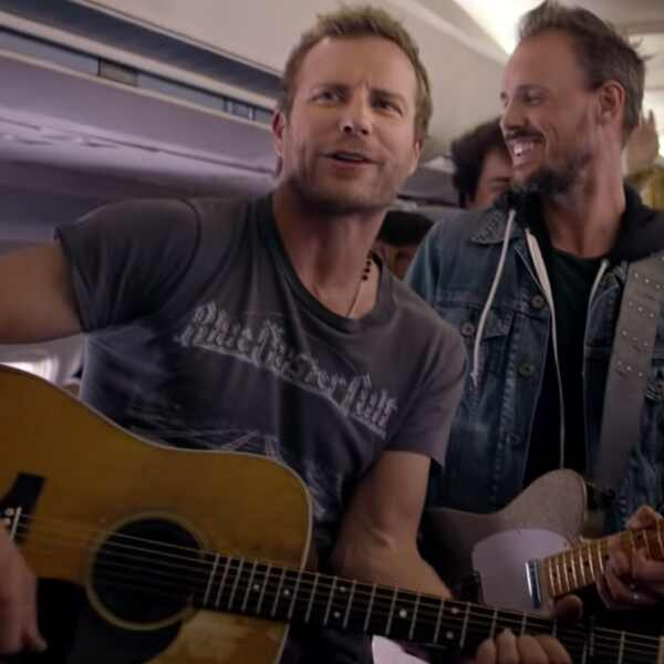 Dierks Bentley, Drunk on a Plane