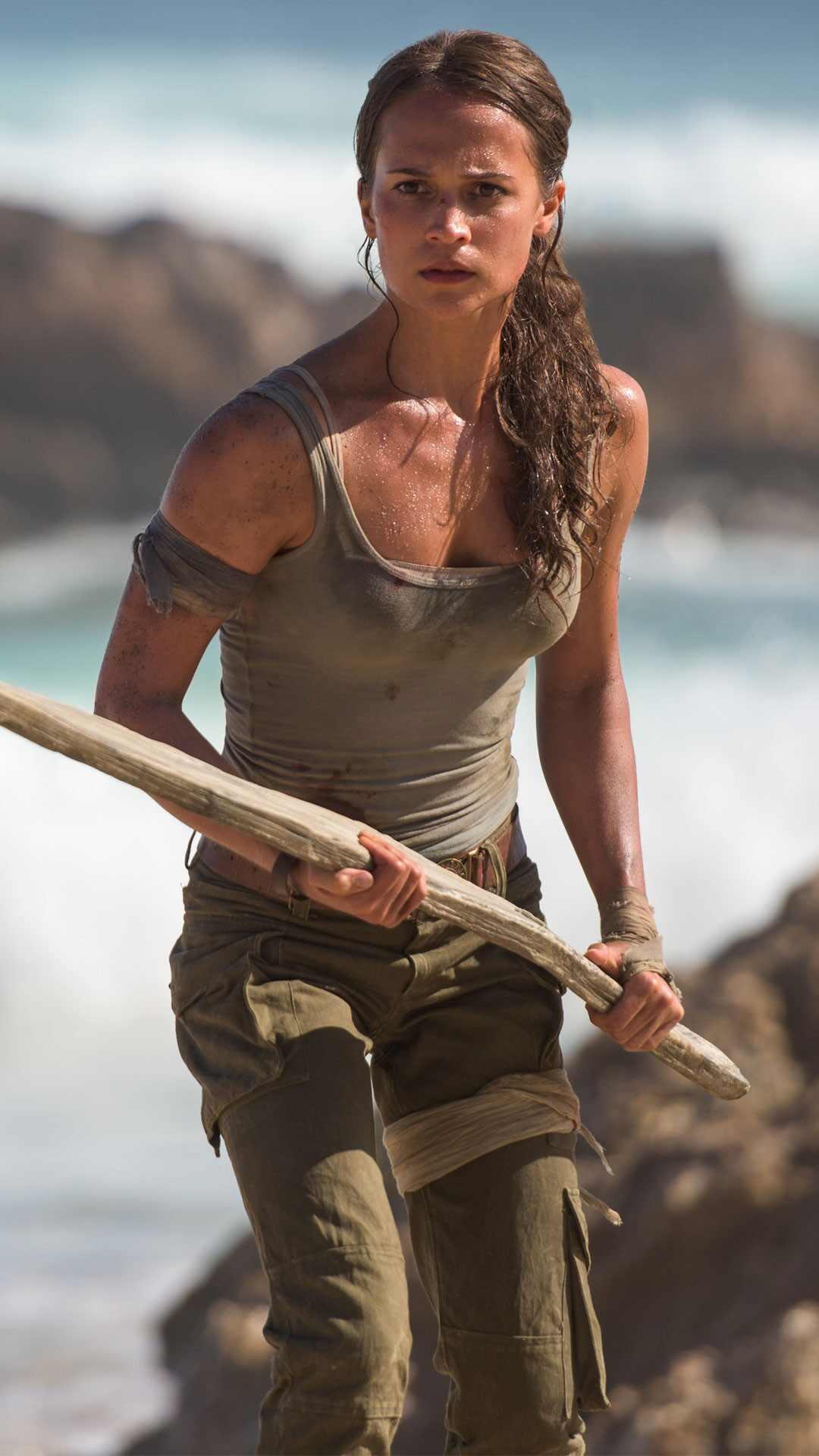 Así es como Alicia Vikander ganó 5 kilos de músculo para Tomb Raider