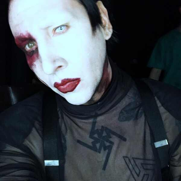 Marilyn Manson, Instagram