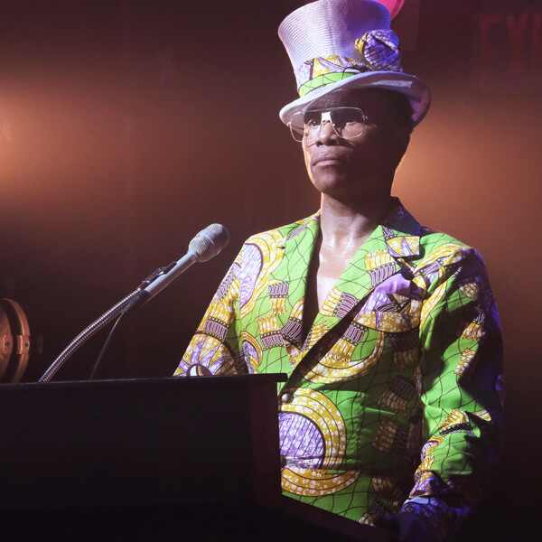 Billy Porter, Pose