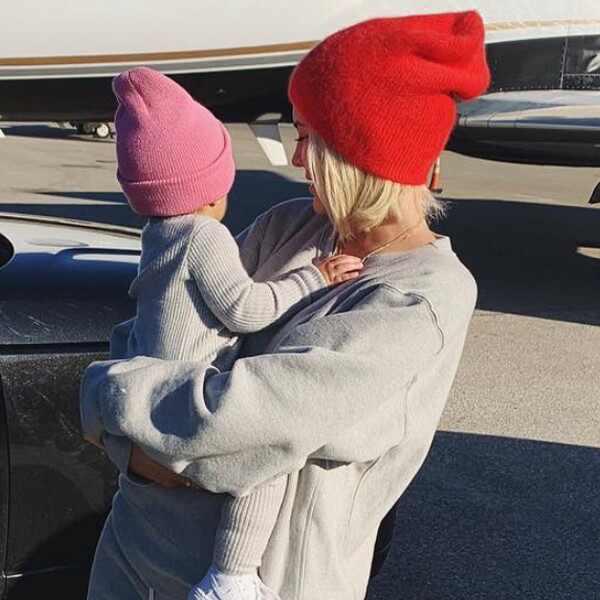 Kylie Jenner, Stormi, Instagram