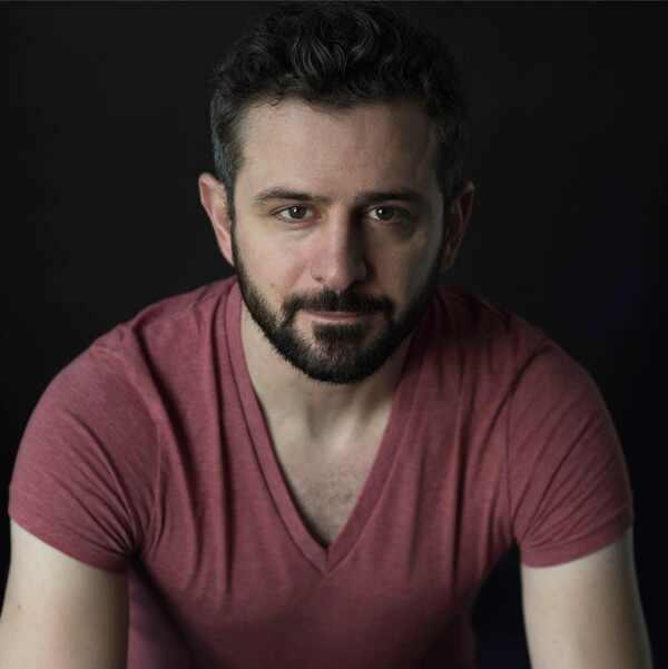 Roberto Cavazos
