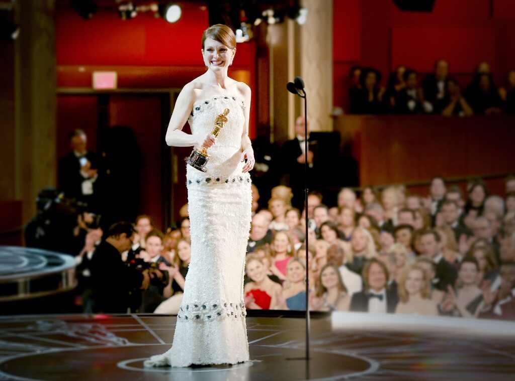 778db9be95c rs 1024x759-180227181024-1024-Best-Actress-Oscar-Winning-Dresses .jl.022718.jpg