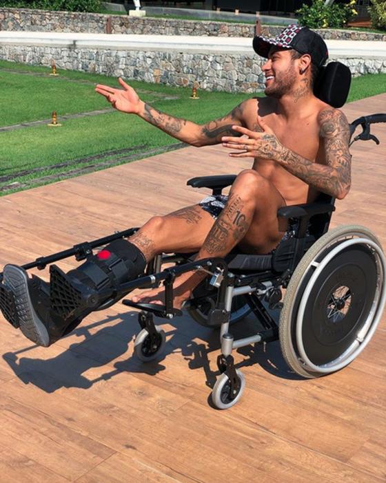 Neymar, cadeira de rodas, Instagram
