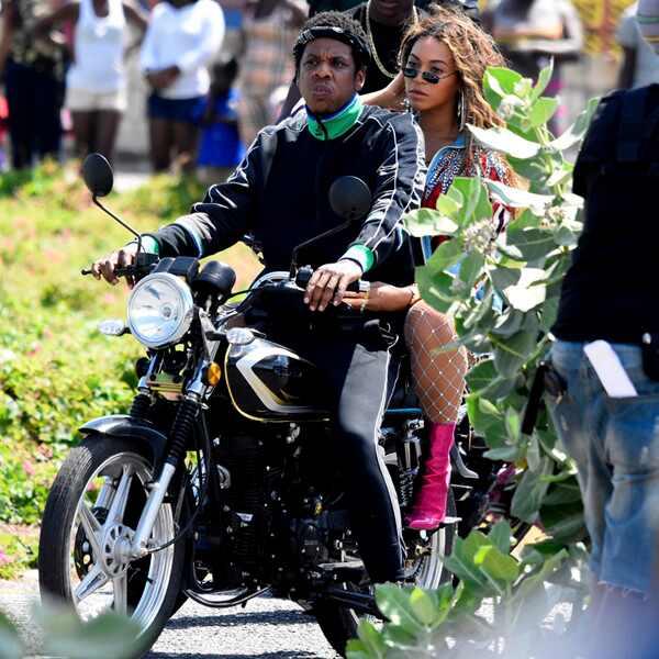 Beyonce. Foto do site da E! Online que mostra Por dentro da viagem de Beyoncé e Jay Z para a Jamaica