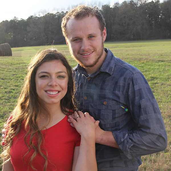 Josiah Duggar, Lauren Swanson, Engagement