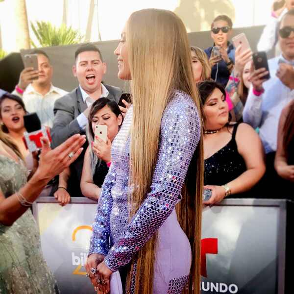 ESC: Latin Billboard Awards, Jennifer Lopez