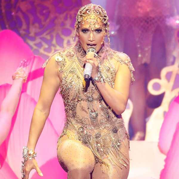 Jennifer Lopez, 2018 Billboard Latin Music Awards, Show