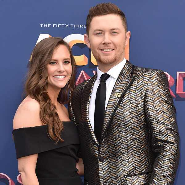Scotty McCreery, Gabi Dugal