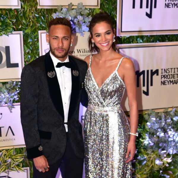 Bruna Marquezine, Neymar, Instituto Neymar Jr