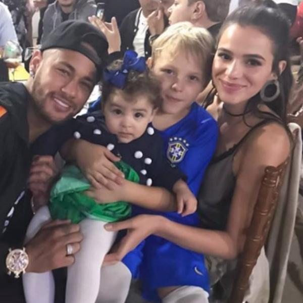 Bruna Marquezine, Neymar, Davi Lucca