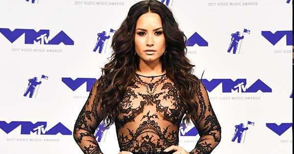 Demi Lovato, MTV Video Music Awards 2017