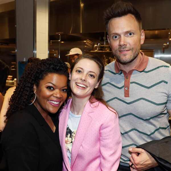 Yvette Nicole Brown, Gillian Jacobs, Joel McHale