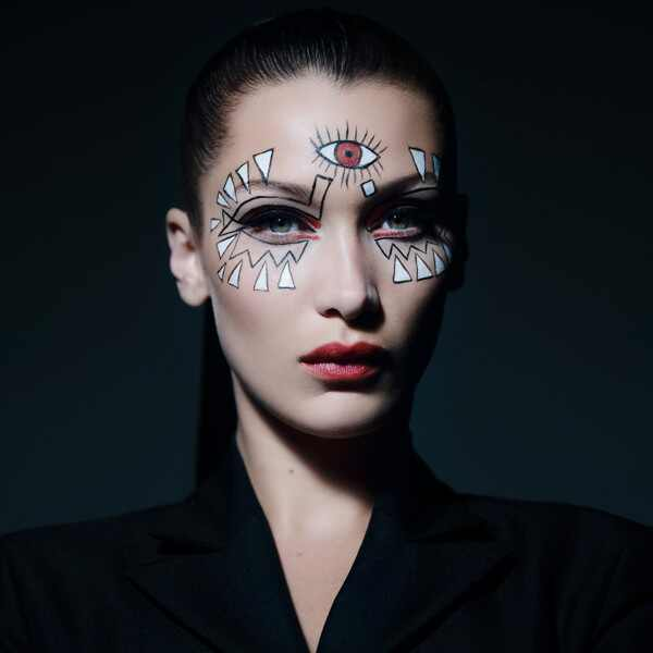 ESC: Bella Hadid, Dior