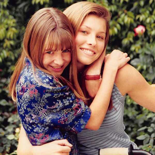 Beverley Mitchell, Jessica Biel