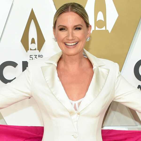 Jennifer Nettles, 2019 CMA Awards
