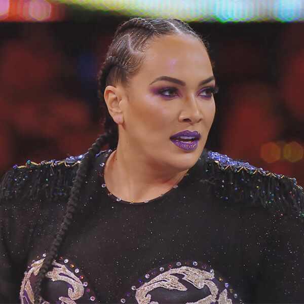 Nia Jax, Total Divas 908