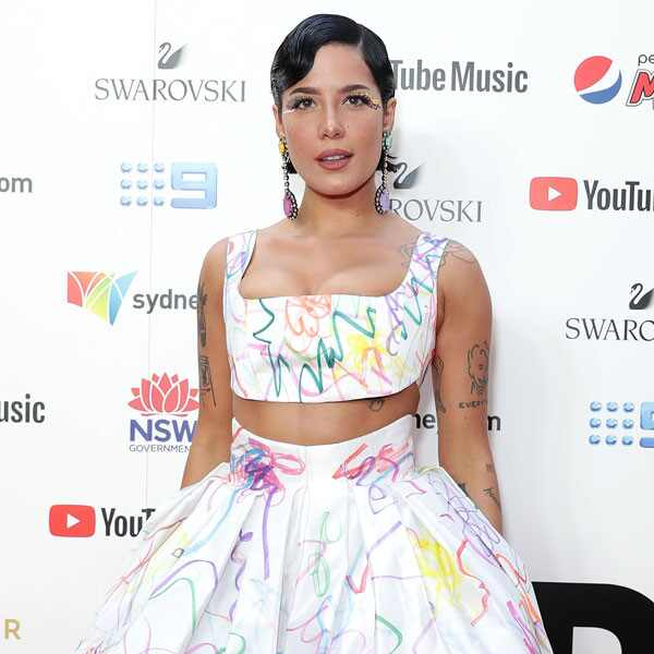 Halsey, Fashion Police Widget