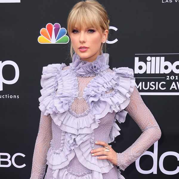 Taylor Swift, 2019 Billboard Music Award, Red Carpet Fashions