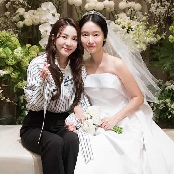 Wedding Outfits, Korean Celebrities