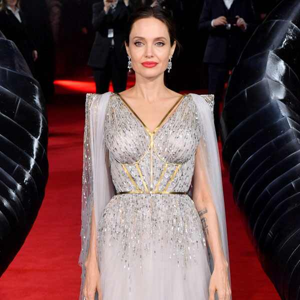 Angelina Jolie, Fashion Police Widget