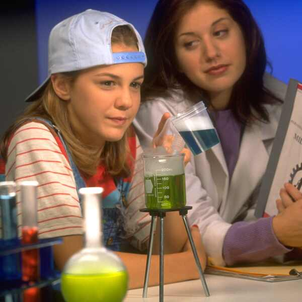 The Secret World of Alex Mack, Larisa Oleynik