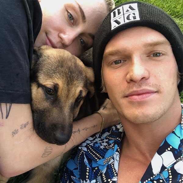 Miley Cyrus, Cody Simpson, Bo Cyrus