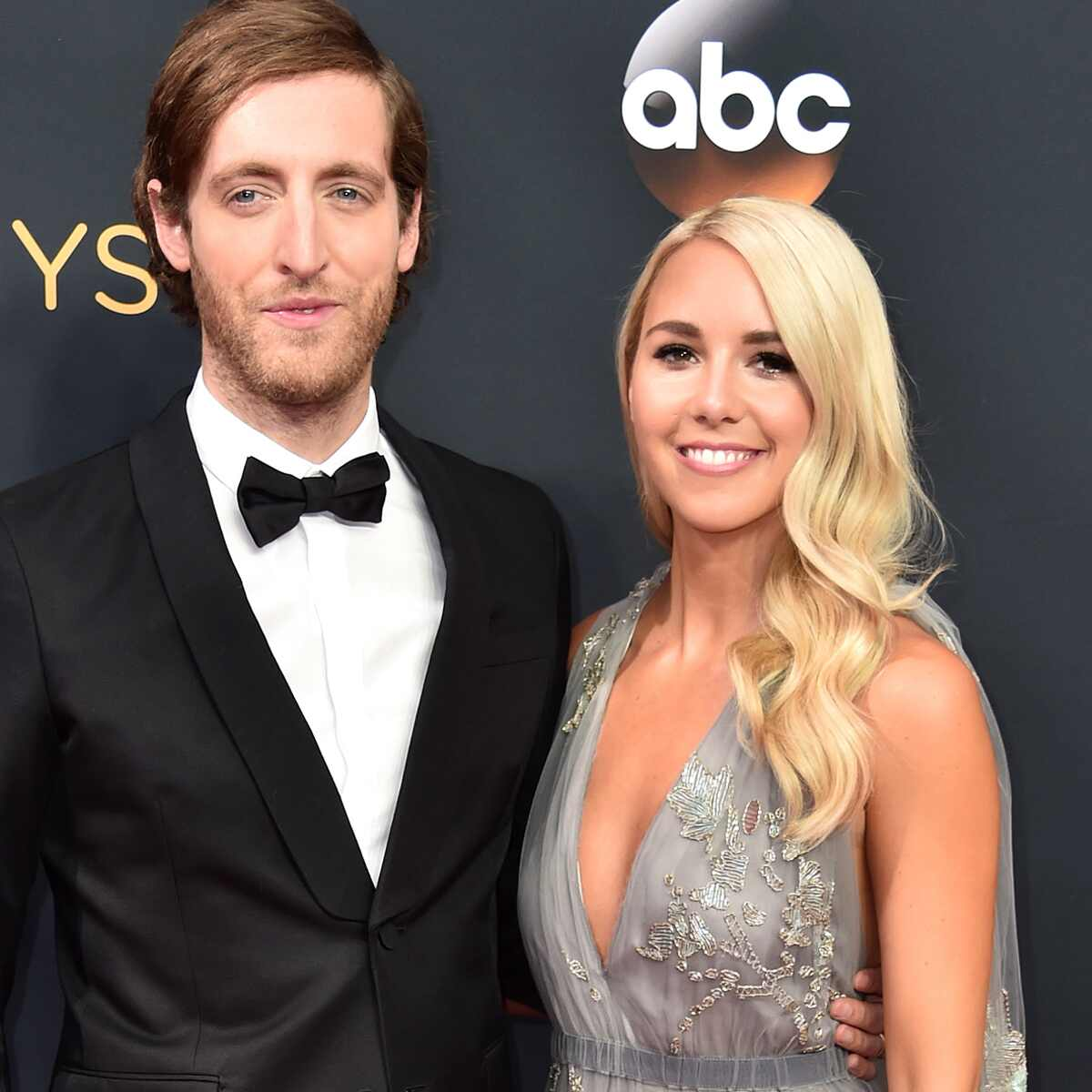Thomas Middleditch, Mollie Gates, 2016 Emmy Awards, Arrivals, Couples