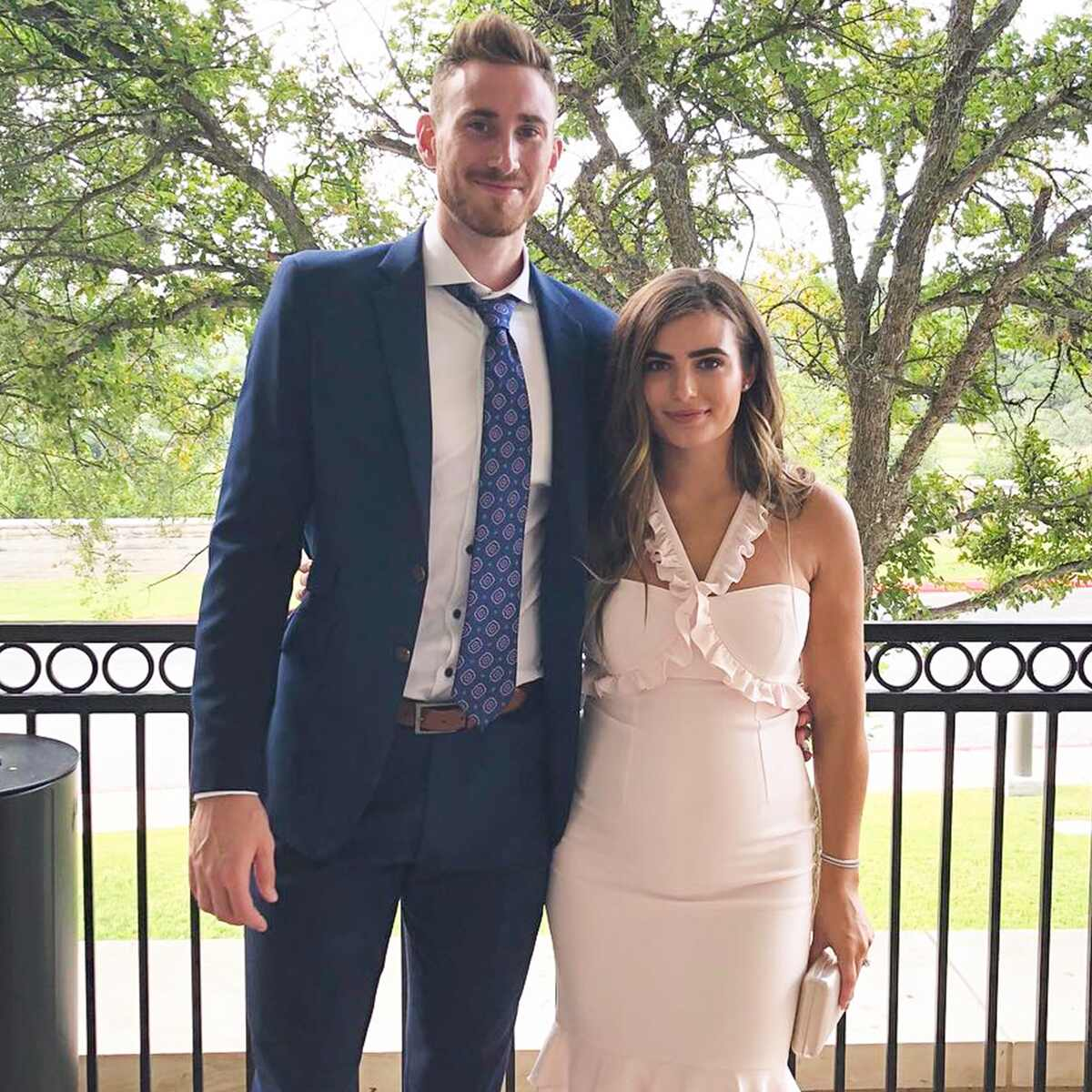 Robyn Hayward, Gordon Hayward