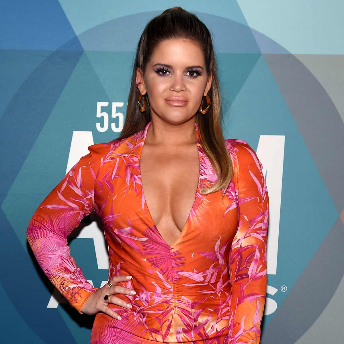 Maren Morris, ACM Awards Red Carpet