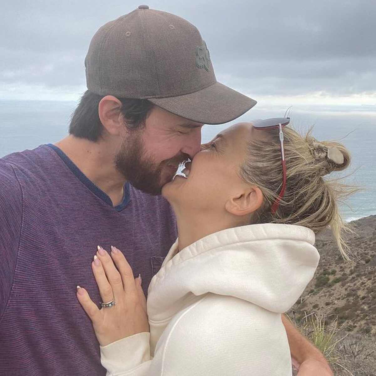 Kate Hudson, Danny Fujikawa, Engagement