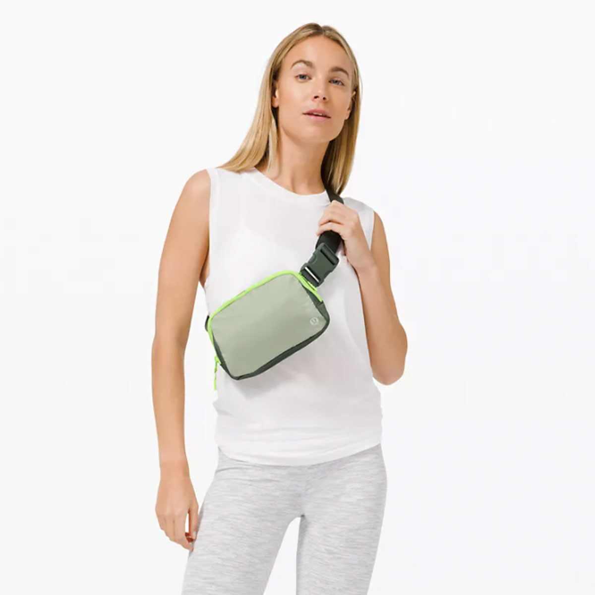 E-Comm: Lululemon Belt Bag