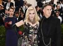 Sarah Paulson & Madonna