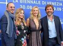 Jennifer Lawrence, Darren Aronofsky, Michelle Pfeiffer & Javier Bardem