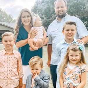 Anna and Josh Duggar Are Expecting Baby No. 7
