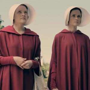 """Elisabeth Moss Promises The Handmaid's Tale Fans Will Get """"What They've Been Waiting For"""""""