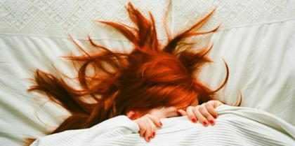 5 razones de por qué dormir desnudo es altamente recomendable