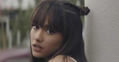 Ariana Grande se manifesta após explosão do lado de fora de seu show