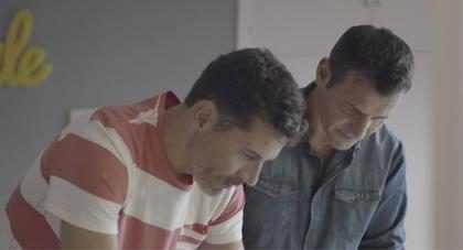 """Retiran este comercial de una pareja gay por considerarlo """"un ataque a la familia"""" (+ Video)"""