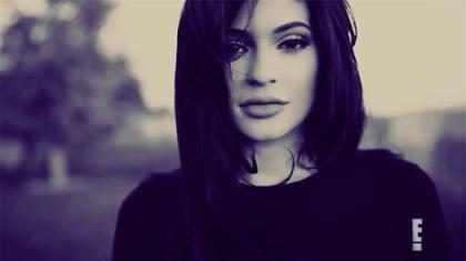 Kylie Jenner se sincera como nunca antes en el nuevo tráiler de Life of Kylie ¡Míralo!