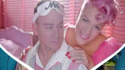 Pink lança clipe da música Beautiful Trauma com Channing Tatum