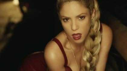¡Shakira estrenó el explosivo video de Perro Fiel junto a Nicky Jam! ¡Míralo!