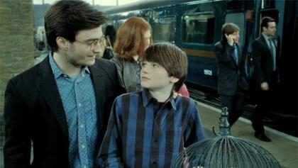 Los fanáticos de Harry Potter celebran el primer día en Hogwarts de Albus Potter ¡Mira!