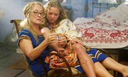 &iexcl;Amanda Seyfried promete que <em>Mamma Mia 2</em> ser&aacute; mejor que la original!