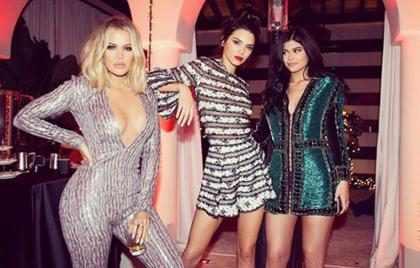 Las 12 tarjetas de Navidad más adorables, glamorosas y ridículas de los Kardashian ¡Míralas! (+ Fotos)