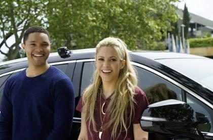 Oops! Mira la imprudencia que cometió Shakira en su Carpool Karaoke