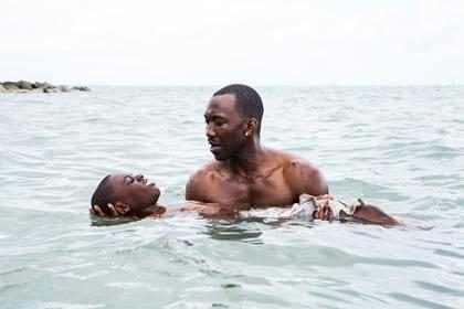 Ator se engana e anuncia La La Land como melhor filme no Oscar ao invés de Moonlight