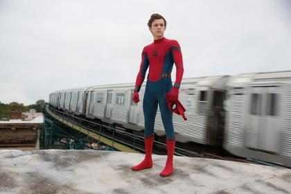 Primeiro trailer de Homem-Aranha: De Volta Ao Lar é divulgado