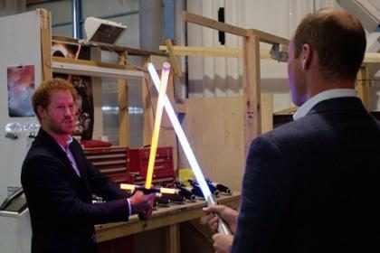 Esta es la raz&oacute;n por la que los pr&iacute;ncipes Harry y William fueron eliminados de <i>Star Wars</i>